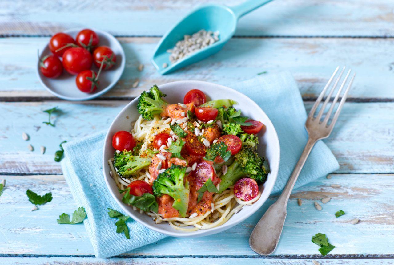 Spaghetti mit Tomaten-Kokos-Sauce