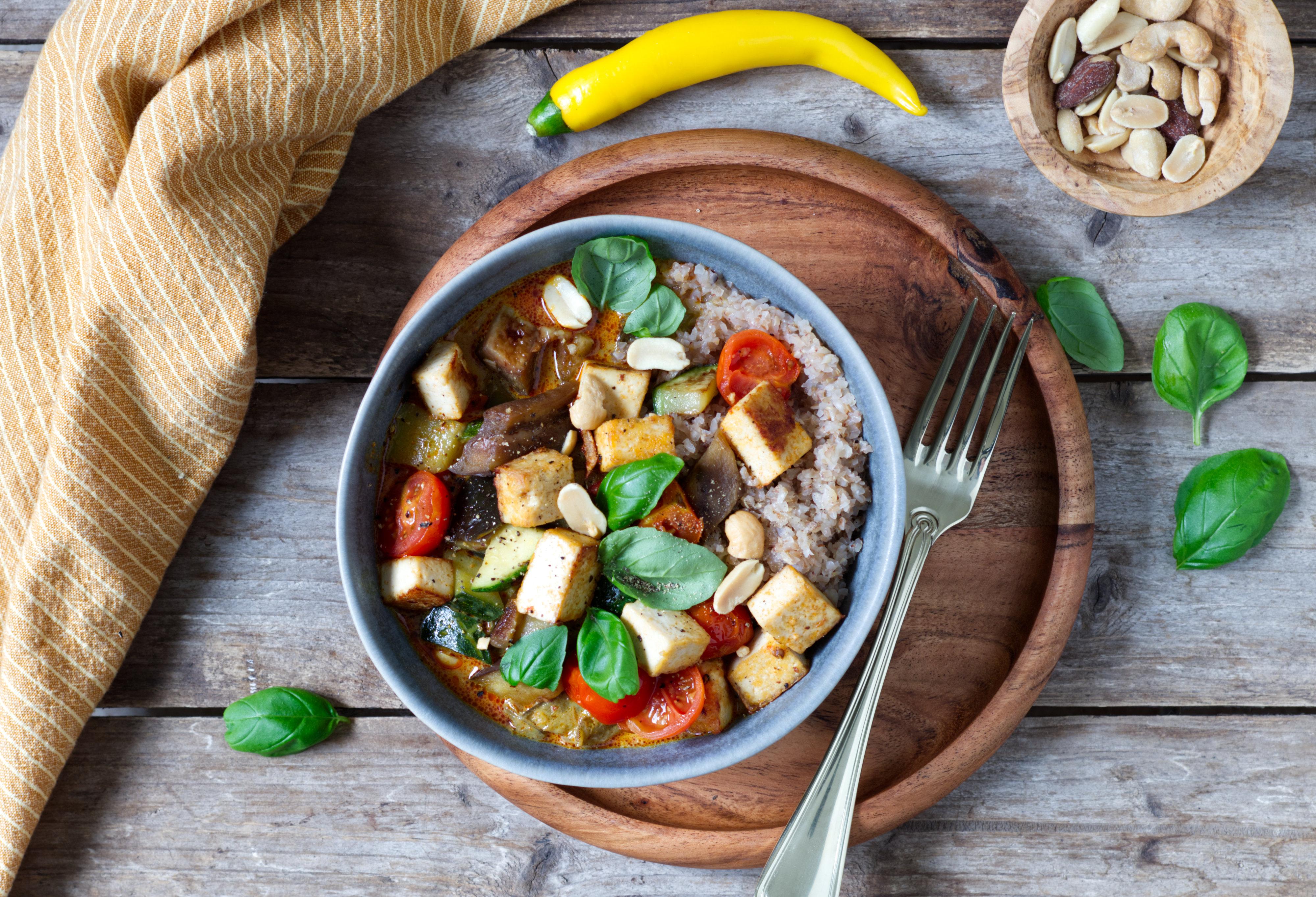 Auberginen-Gemüse-Curry mit Tofu