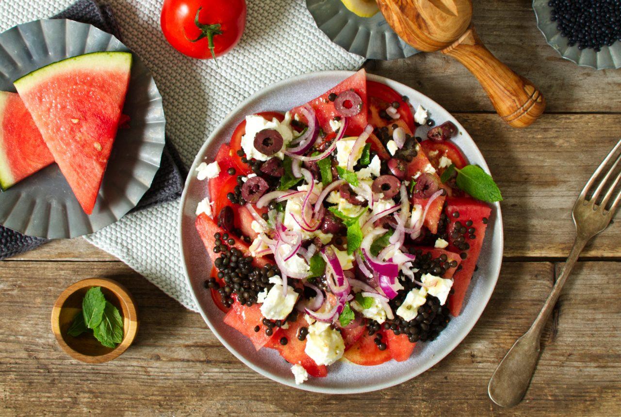 Melonen-Tomaten-Llinsen-Salat mit Feta